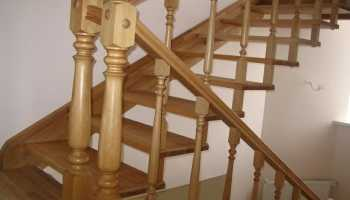 Как и с помощью чего крепить лестничные балясины?